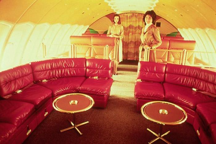 BRANIFF_747_LOUNGE